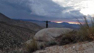 PCT - in Barfußschuhen in der Wüste Californiens