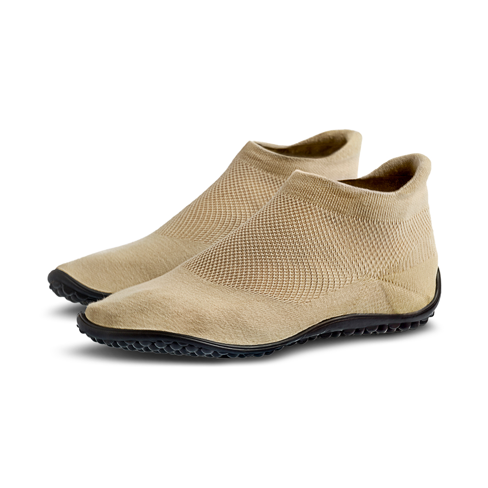 sneaker sand